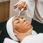 Top Reasons To Get A Glow Bright Facial